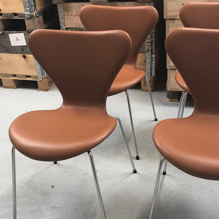 b347019eb Ompolstring af 7'er stole - Polsterafdelingen - siden 1948